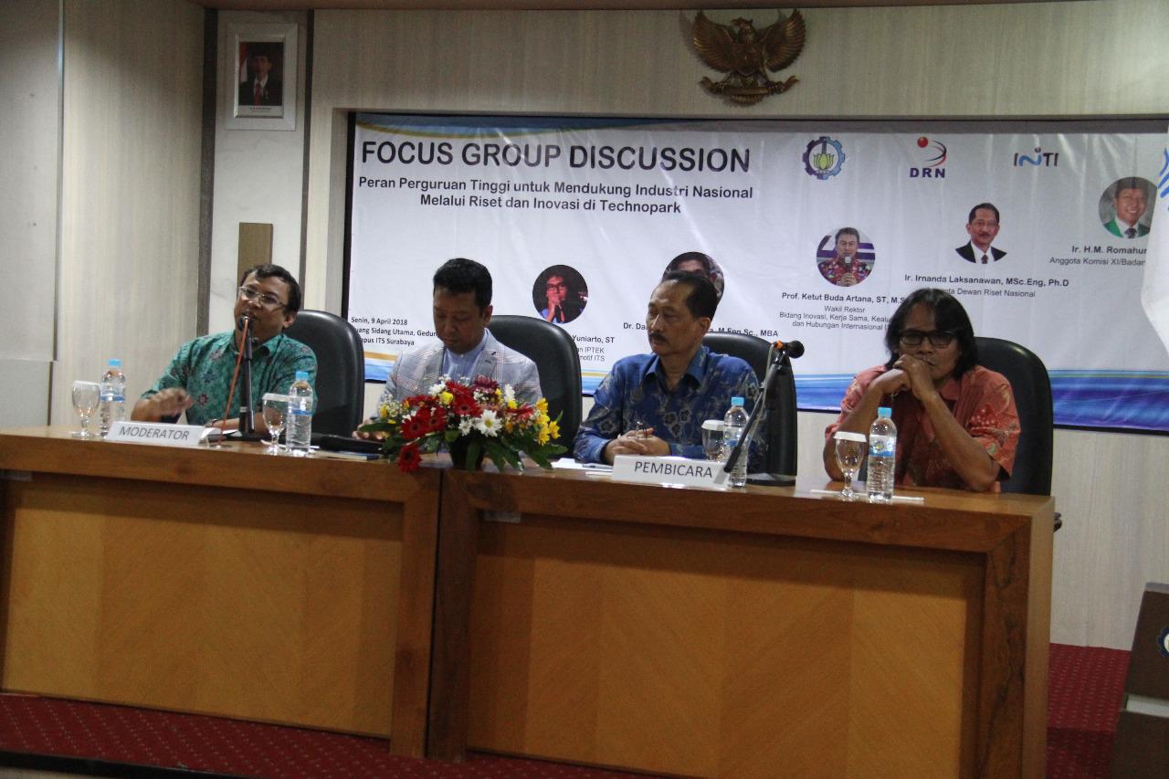 Muhammad Romahurmuziy News: Jawab Wacana Revolusi Industri 4.0, ITS Gelar FGD
