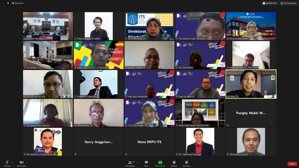 Seluruh peserta MoU antara ITS dengan Pemkab Tulungagung yang dilaksanakan secara daring