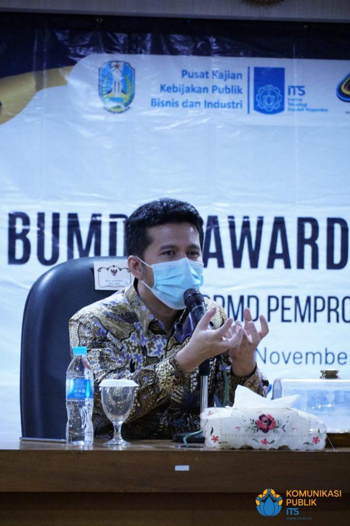 Wakil Gubernur Jawa Timur Dr H Emil Elestianto Dardak BBus MSc saat memberikan sambutan pada acara BUMDes 2020 di Gedung Rektorat ITS
