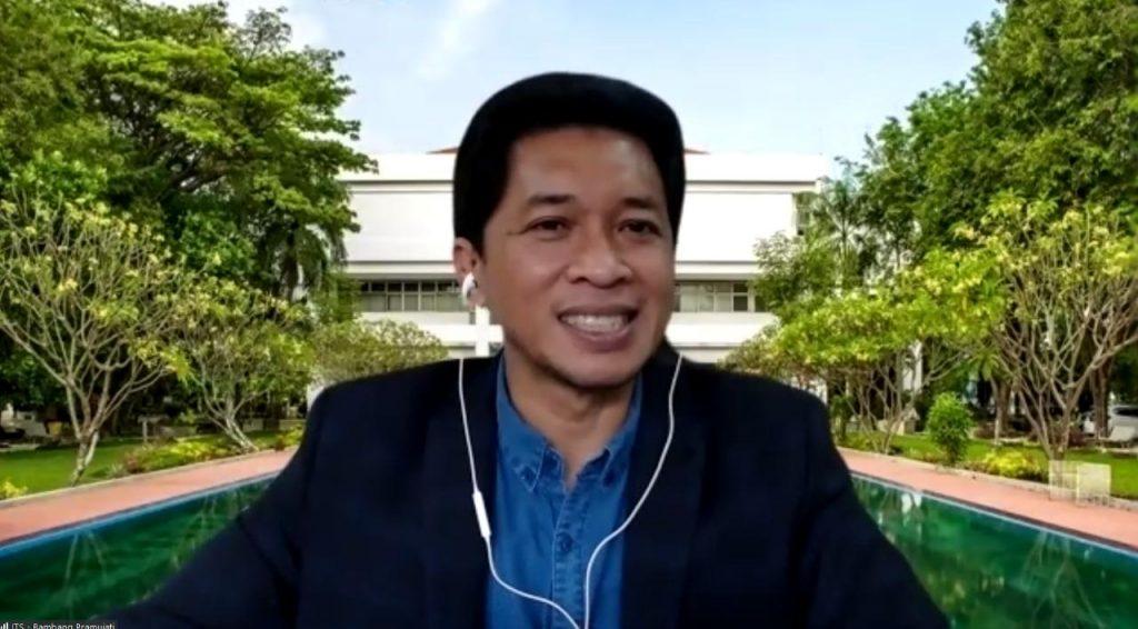 Wakil Rektor IV ITS Bambang Pramujati ST MSc Eng PhD yang menghadiri acara virtual signing MoU antara ITS dengan CSPC Filipina