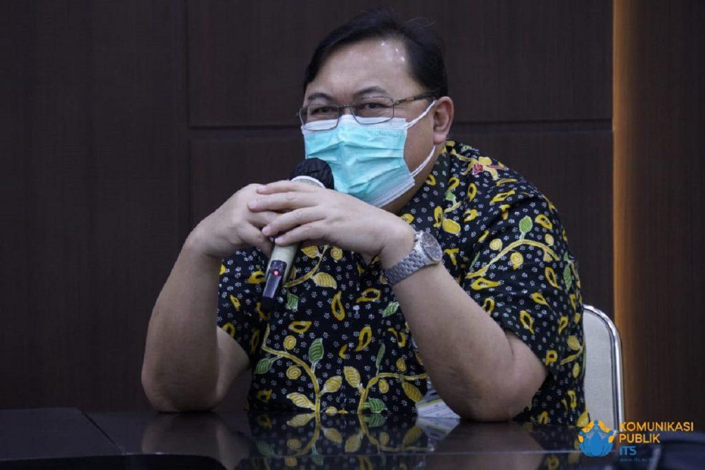 Direktur Utama RSI Jemursari dr Bangun Trapsila Purwaka SpOG-K saat memberikan sambutan