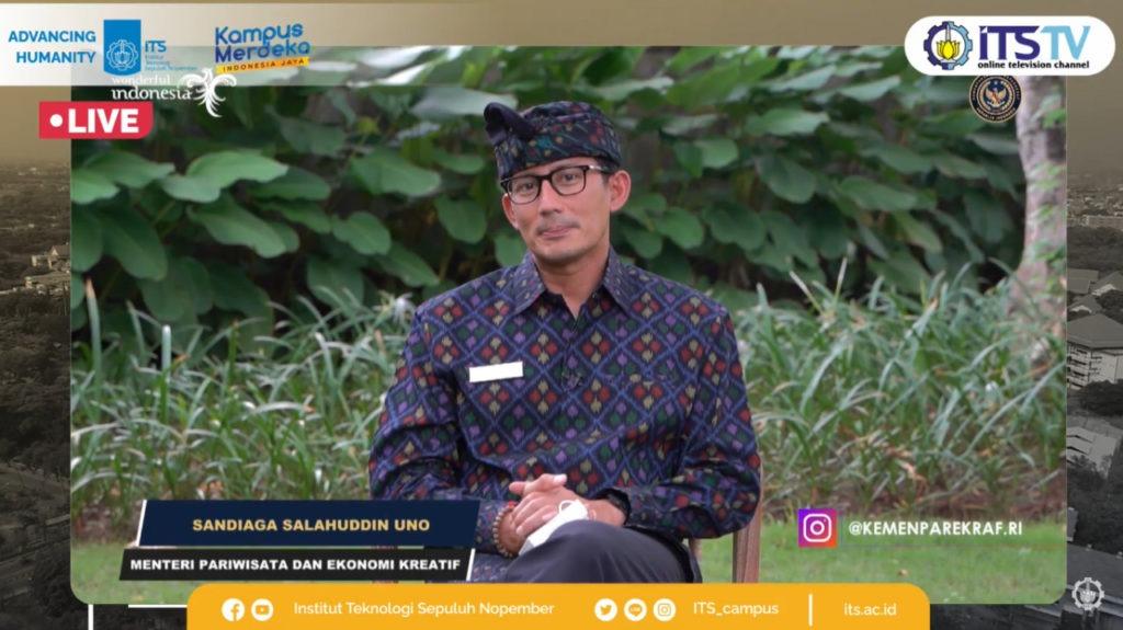 Menteri Pariwisata dan Ekonomi Kreatif RI Sandiaga Salahuddin Uno memberikan sambutan sevara daring di gelaran Wisuda ke-123 ITS