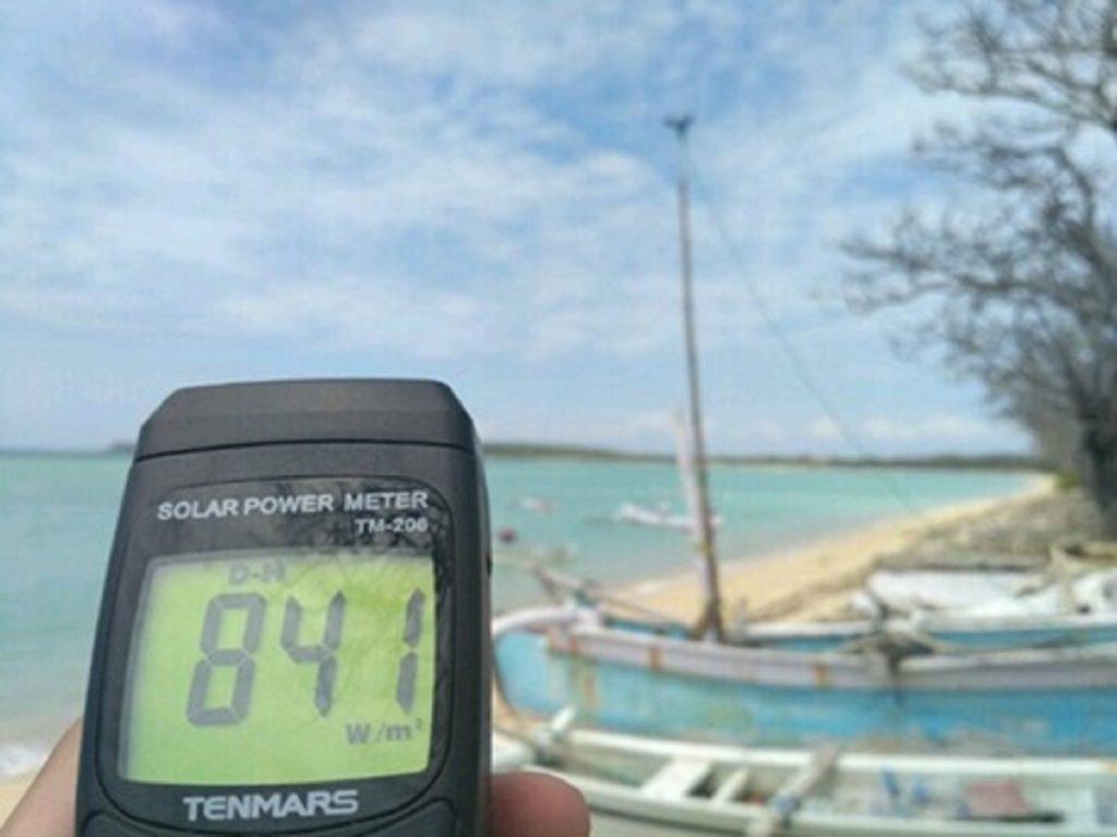 Proses pencarian data primer suhu dan iradiasi matahari di Pulau Giligenting, Madura
