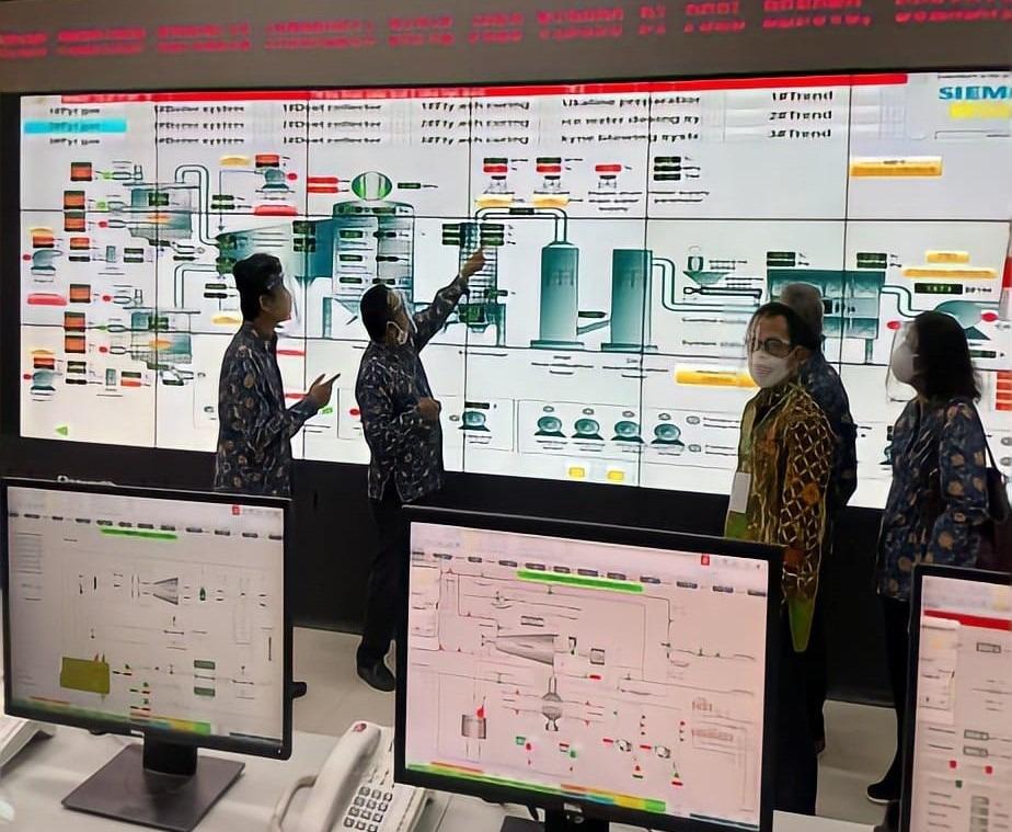Tim tenaga ahli ITS saat memaparkan teknis operasional PSEL Benowo