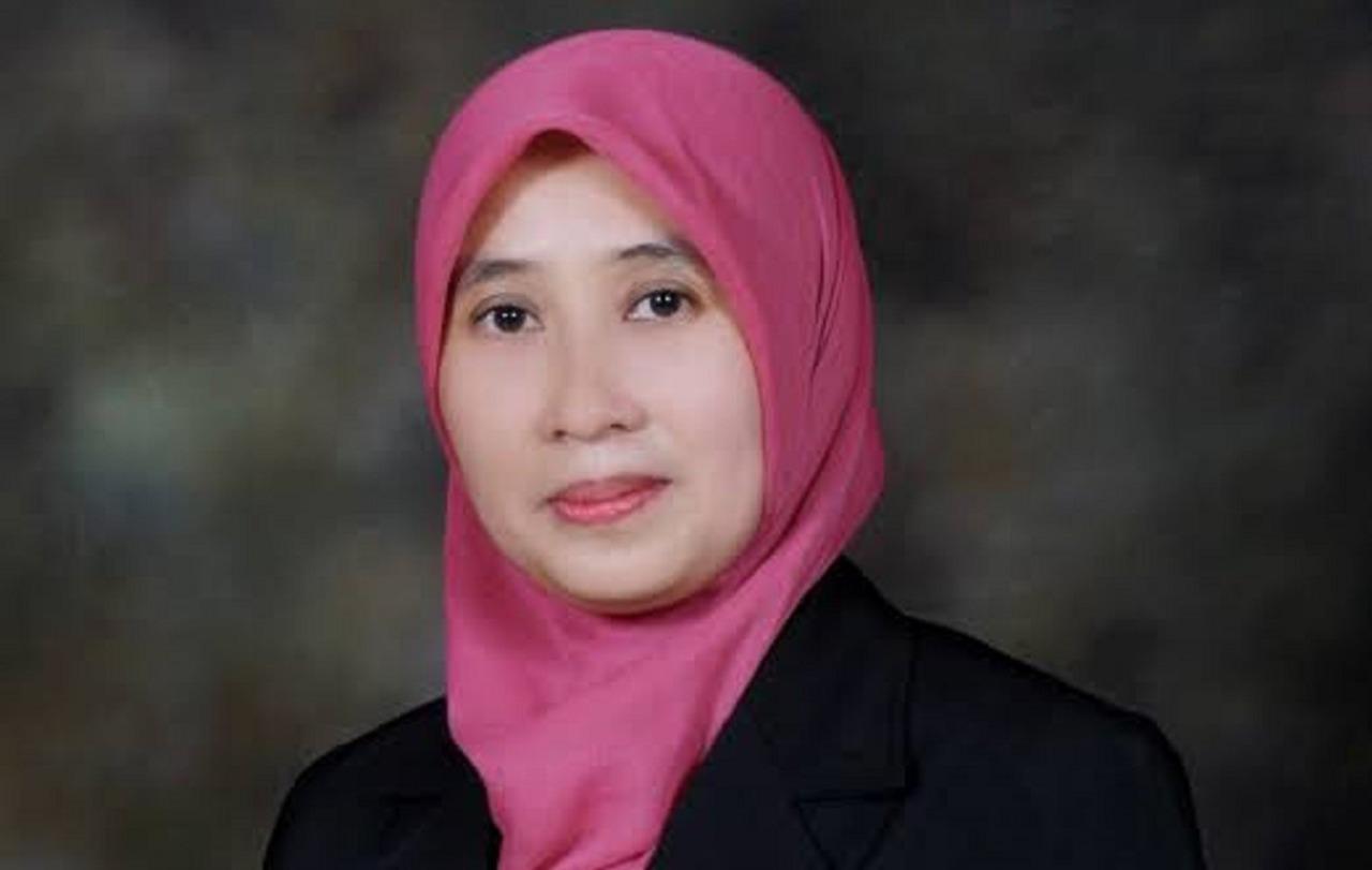 Dr. Umi Laili Yuhana SKom MSc, Institut Teknologi Sepuluh Nopember Secretary