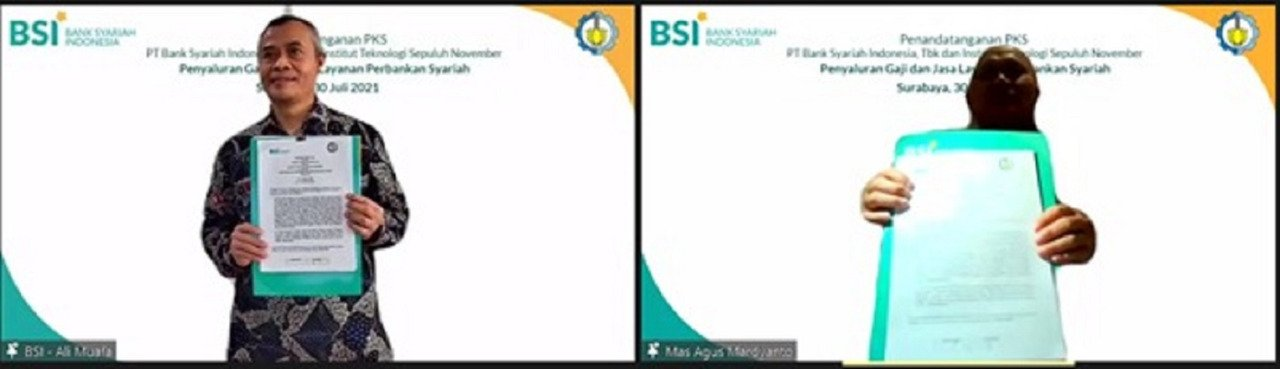 The manuscript of the Cooperation Agreement or Perjanjian Kerja Sama (PKS) between ITS and Sharia Banking BSI shown after being jointly signed online