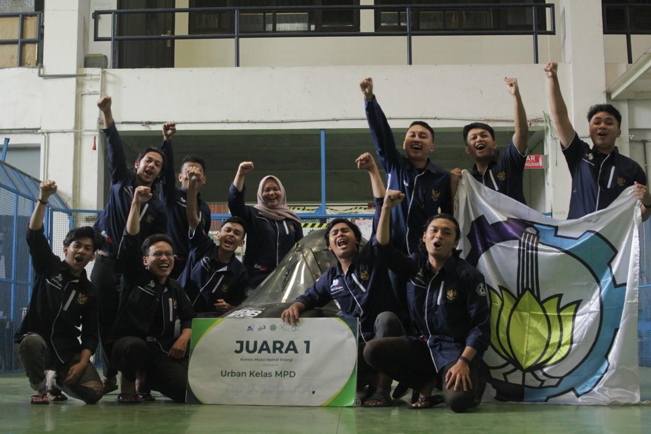 Tim Sapuangin ITS saat meraih juara di Kontes Mobil Hemat Energi tahun 2019 lalu
