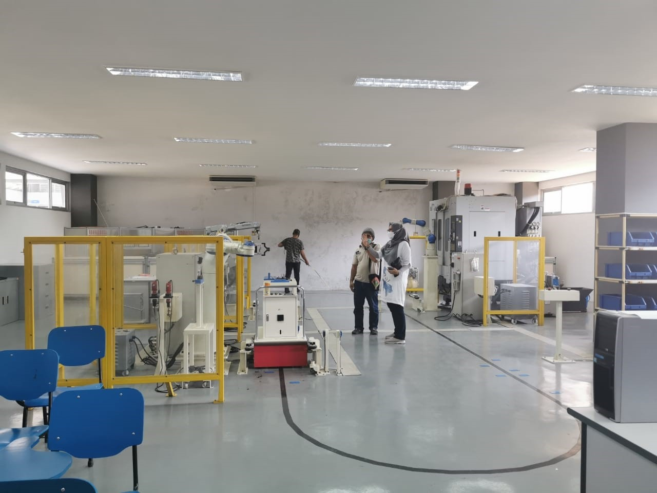 Training room (Center of Excellence) which located at the same place as the Industrial Robot room at ITS
