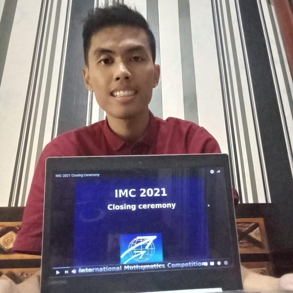 Alvian Alif Hidayatullah, mahasiswa Departemen Matematika ITS yang berhasil meraih perunggu di ajang International Mathematics Competition 2021