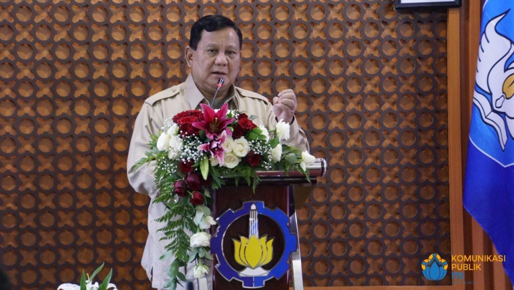 Menteri Pertahanan RI Letnan Jenderal TNI (Purn) Prabowo Subianto ketika memberikan keterangannya dalam pertemuan dengan ITS