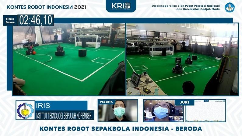 Robot IRIS ITS ketika sedang berlomba di kontes KRSI-Beroda pada KRI 2021 secara daring