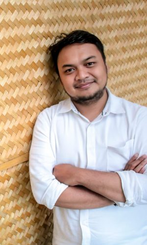 Kiki Ahmadi